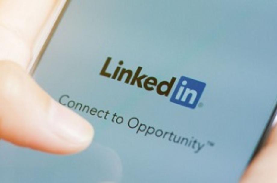 Faça uma triagem por vídeo de todas as vagas que a sua empresa anuncia no Linkedin